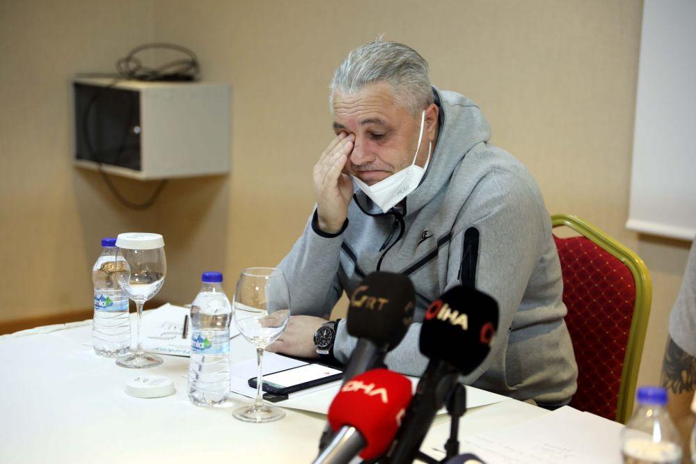 Marius Șumudică, în lacrimi