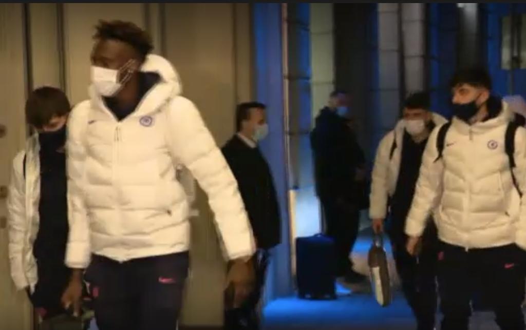 Starurile lui Chelsea au aterizat la București