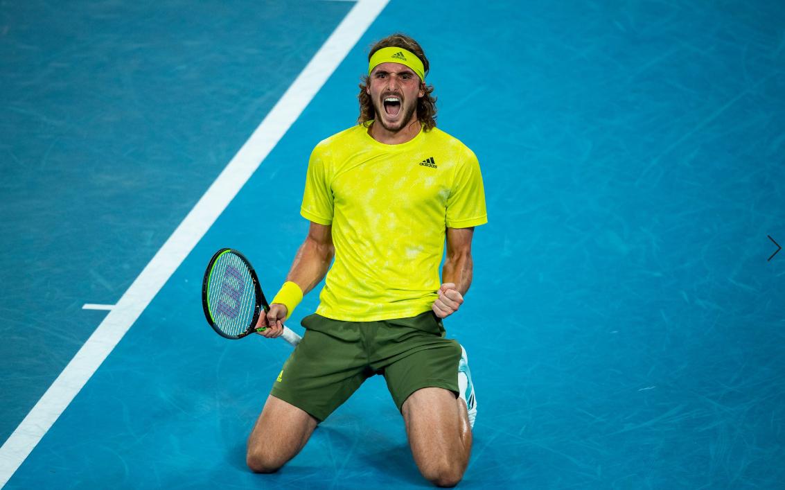Stefanos Tsitsipas merge în semifinale la Australian Open