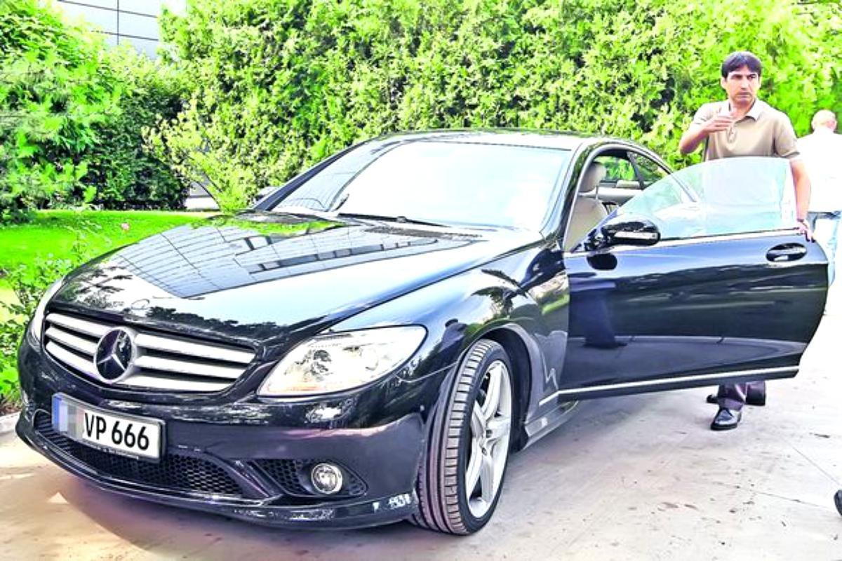 Celebrul număr de înmatriculare al mașinii lui Victor Pițurcă