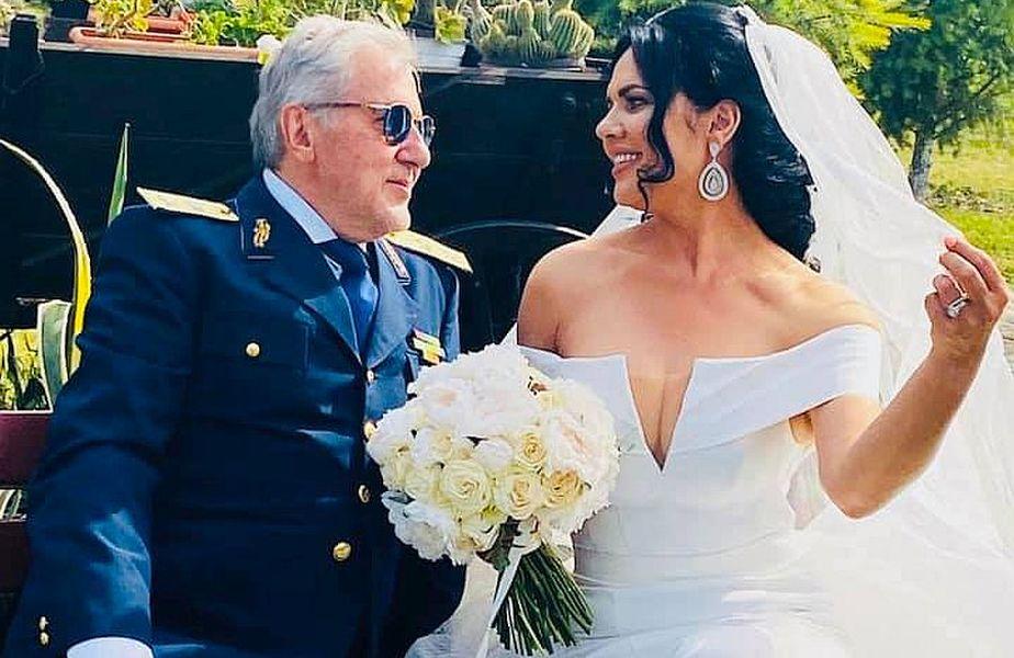 se pregătește să divorțeze de soția sa la doar un an de la nuntă