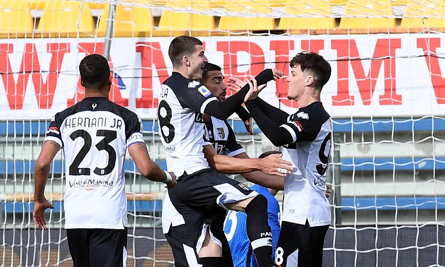 Dennis Man și Valentin Mihăilă au succes la Parma