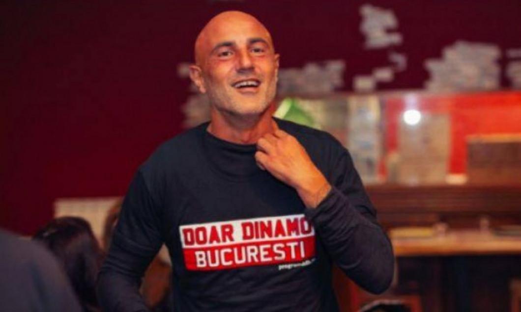 """Massimo Maccarone, cu tricou """"Doar Dinamo București"""""""""""