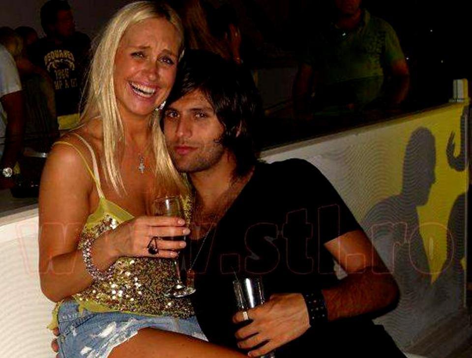Vica şi bărbatul cu pricina, fotbalistul Toja, s-au cunoscut în toamna anului 2009