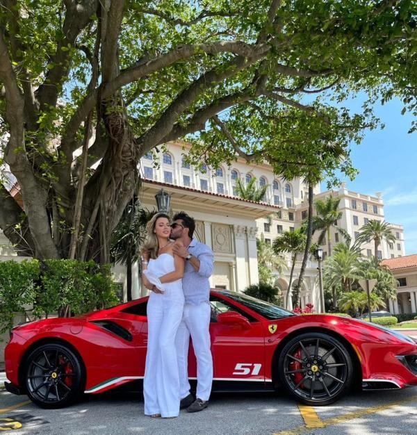 Alina Vidican a fost cerută de soție de Claude