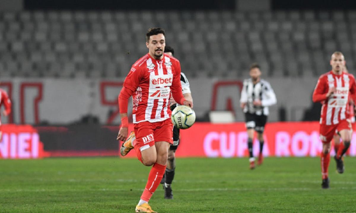 Adrian Petre s-a întors la Arad pentru a-și relansa cariera, însă nu a reușit să marcheze nici un gol