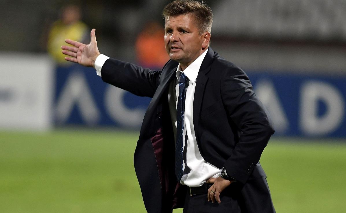 Dusan Uhrin ar putea pleca de la Dinamo