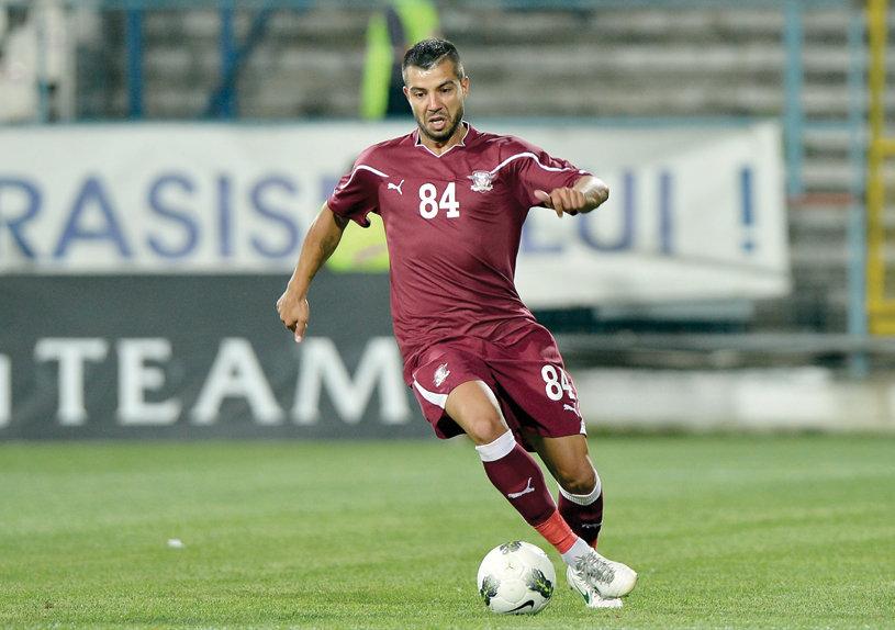 Marius Constantin a semnat prelungirea contractului cu Universitatea Craiova pentru încă un sezon