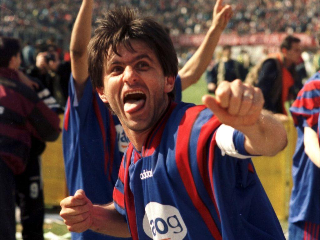 Tricoul cu numărul 7 nu va mai fi purtat de niciun alt jucător al CSA Steaua București