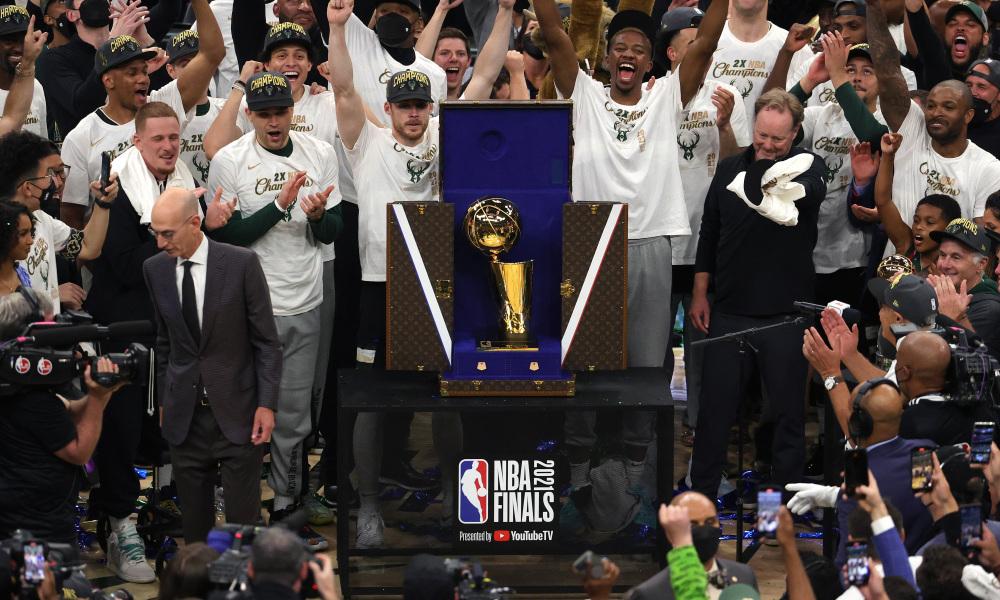Milwaukee Bucks, campioană în NBA după 50 de ani!